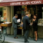 New French Law Bars Online Booksellers to Offer Discounts With Free Shipping