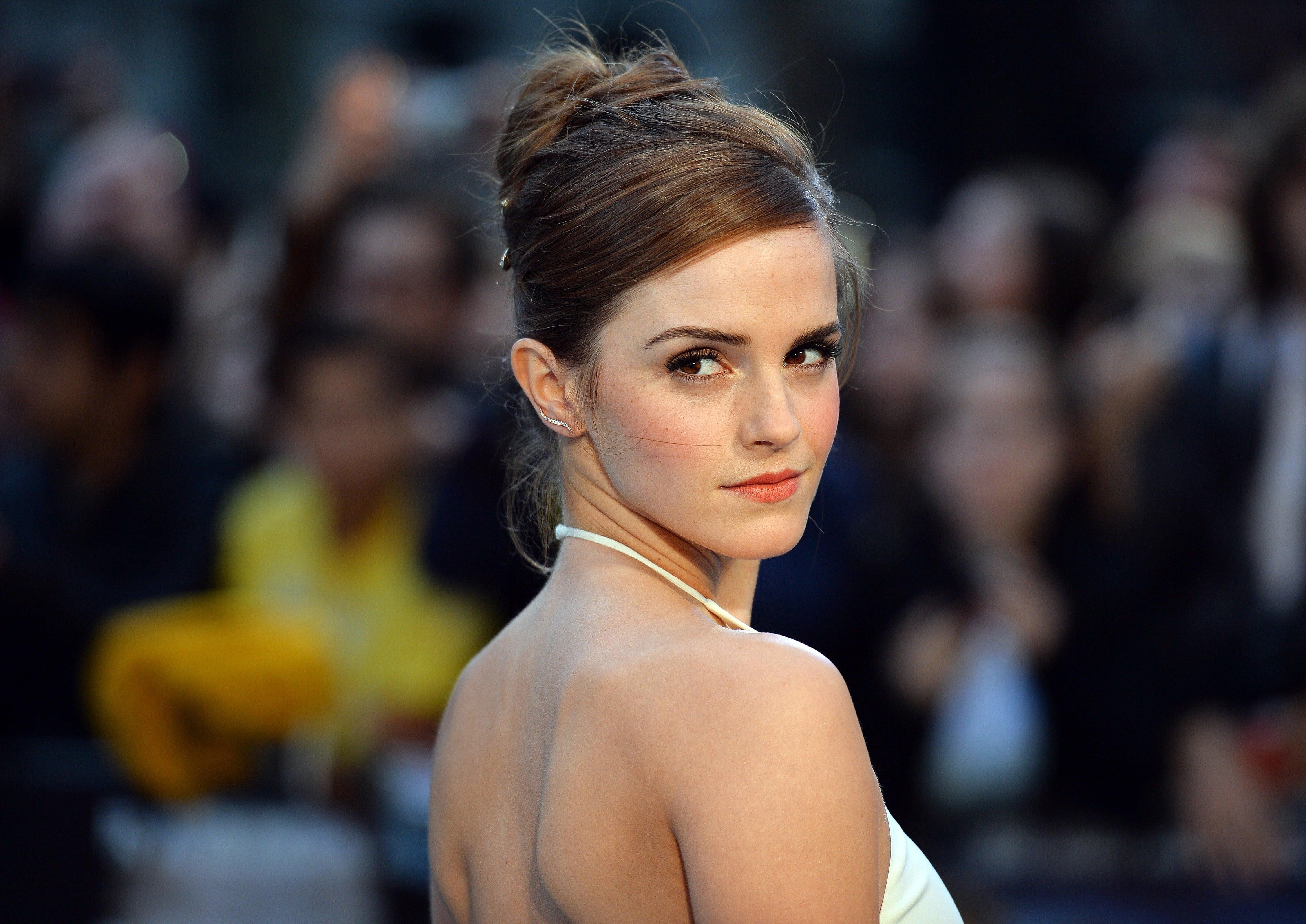 Emma-Watson-50-Beauty-Photos-21