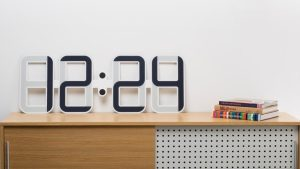 New $400 eInk Clock Goes on Sale