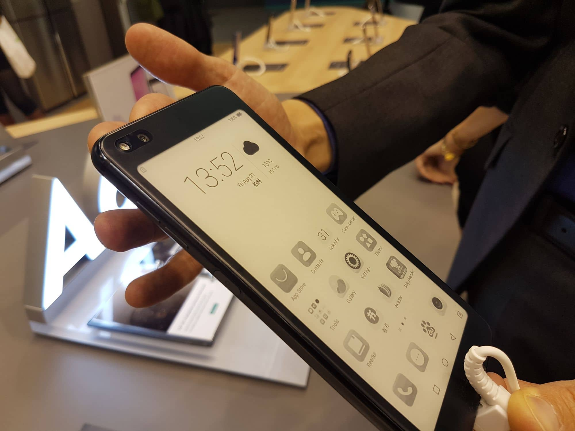 Hisense A6 Is A New Smartphone With An E Ink Screen Working Of Electronic Technology Has Released Few Smartphones In The Past Most Notably A2 That Was Last Year Company Just Unveiled Which Will