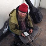 Business Traveler Gives Homeless Man a Kindle
