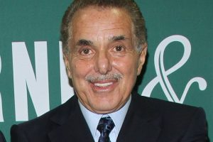 Barnes and Noble Founder Leonard Riggio is Retiring
