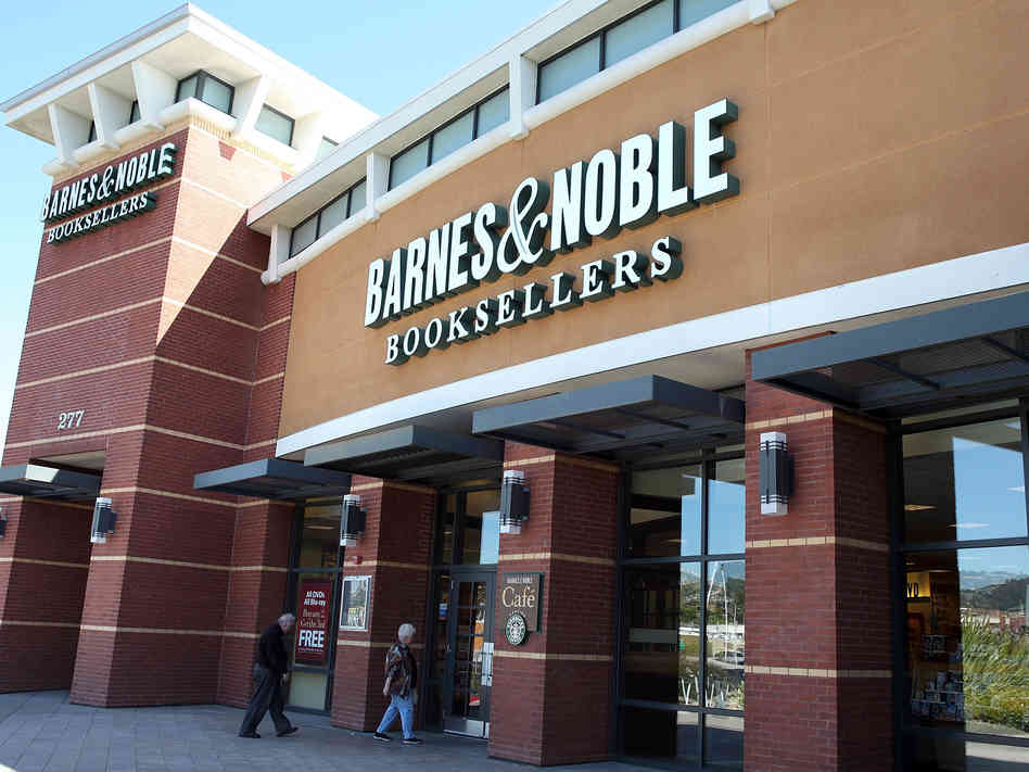 barnes-and-noble-sales-decline