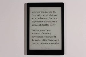 Pre-Orders of the Kobo Aura One are now shipping