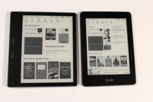 Amazon Kindle Oasis 2017 vs Amazon Kindle Voyage