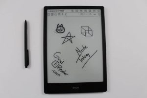 Note Taking and Manga on the Onyx Boox Note 10.3