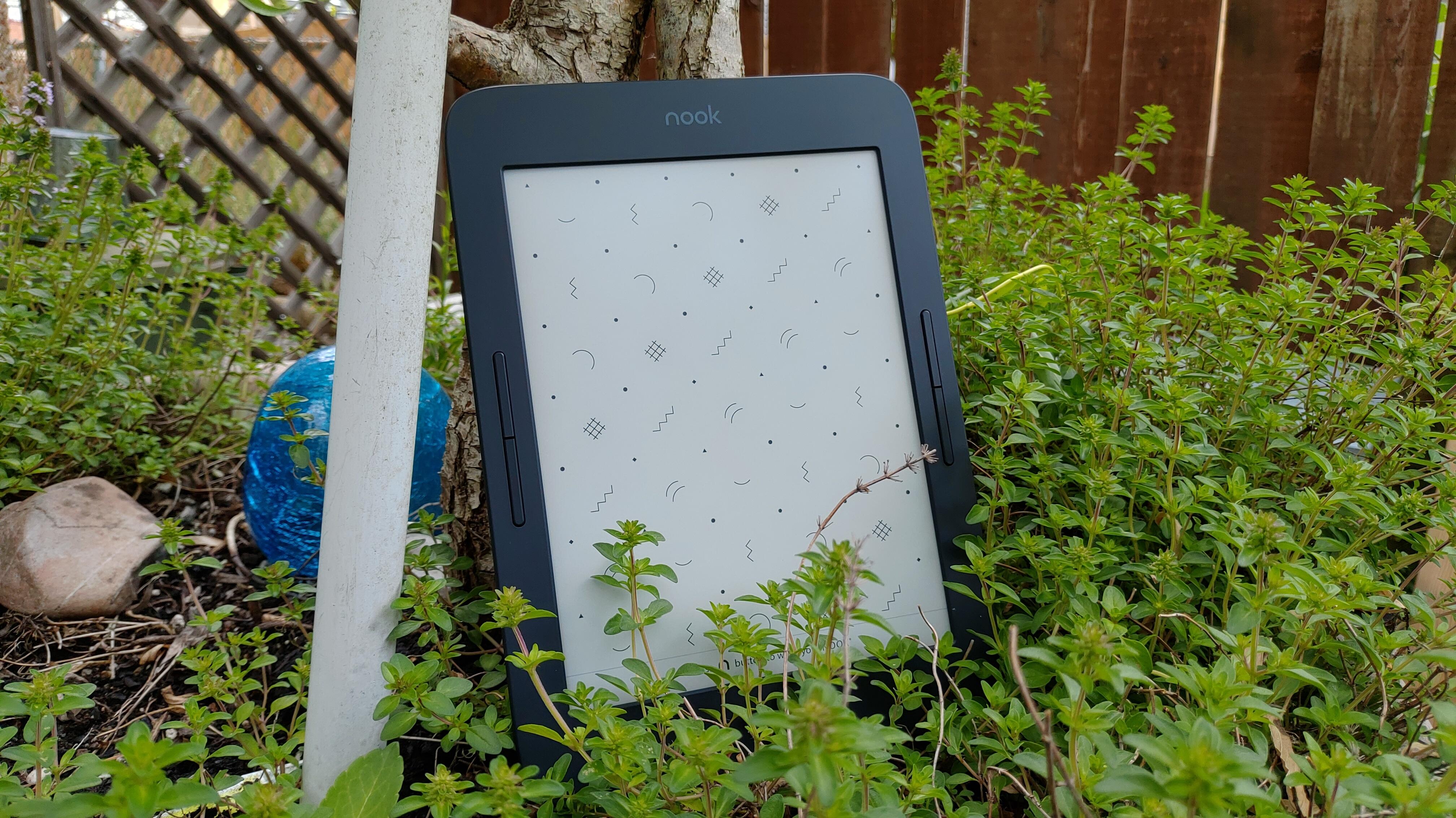 Barnes and Noble Nook Glowlight Plus 7 8   Good e-Reader