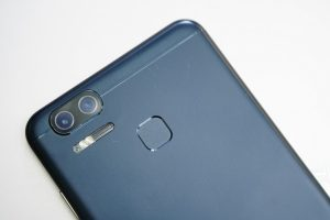 Asus ZenPhone 3 Zoom Video Review