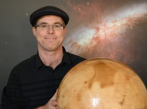 Andy Weir gives writing advice to indie authors