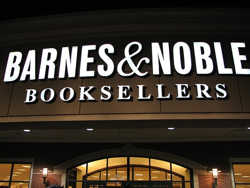 barnes and noble retail