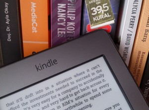 Amazon says $9.99 eBooks Make More Money