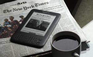 Old Amazon e-Readers Need a New Update or They Will Stop Working