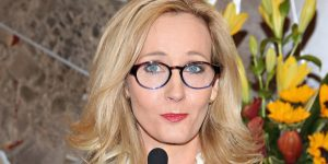 JK Rowling Pleads with Public Not to Buy Stolen Story