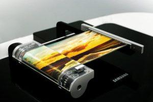 Samsung unveils flexible smartphone screen