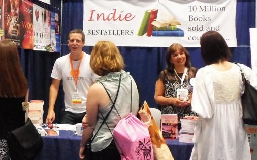 3-June-2013-Indie-Bestsellers-signing-on-30th-Howey-Freethy-510x317