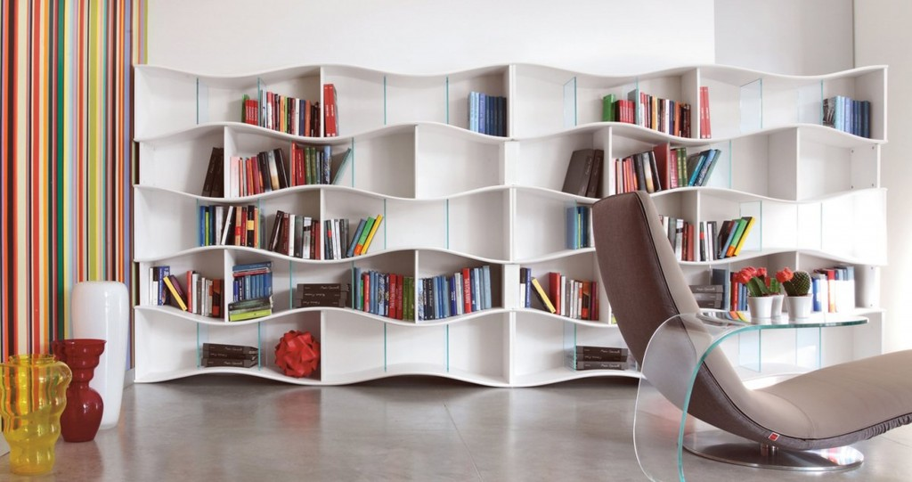 Angelo-Tomaiuolo-Onda-Bookhelves-Scenic-Bookshelves-Ideas-Scenic-fireplace-bookshelves-design-Traditional-Style