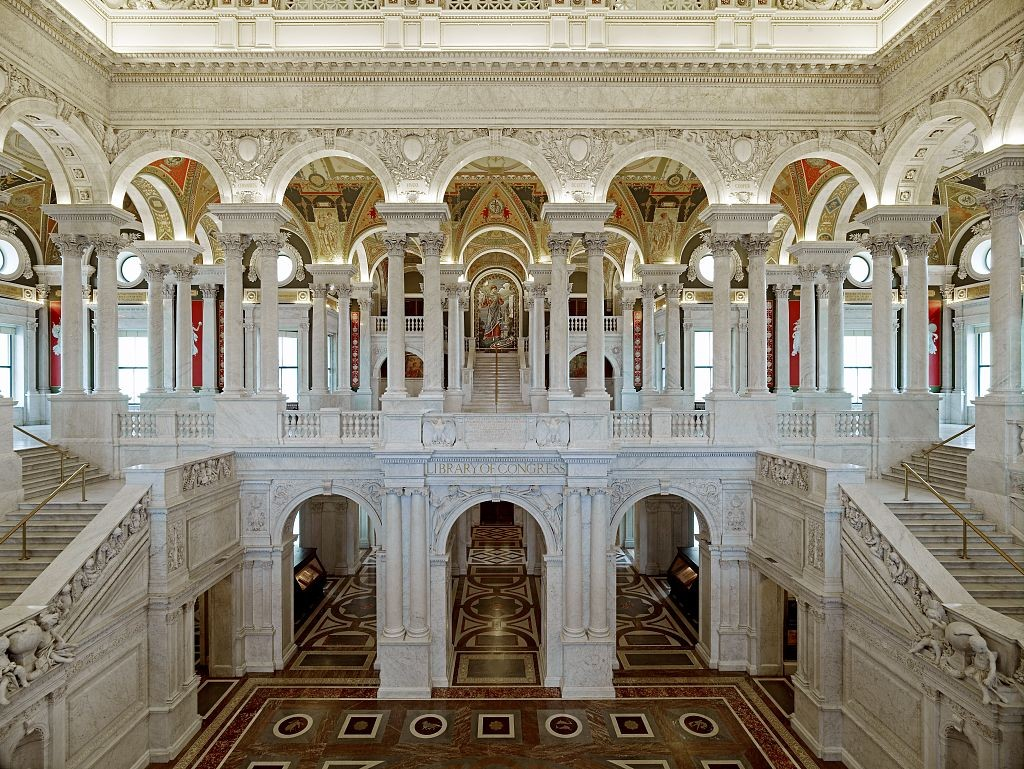 (Great_Hall._View_of_first_and_second_floors,_with_Minerva_mosaic_in_background._Library_of_Congress_Thomas_Jefferson_Building,_Washington,_D.C.)_(LOC)