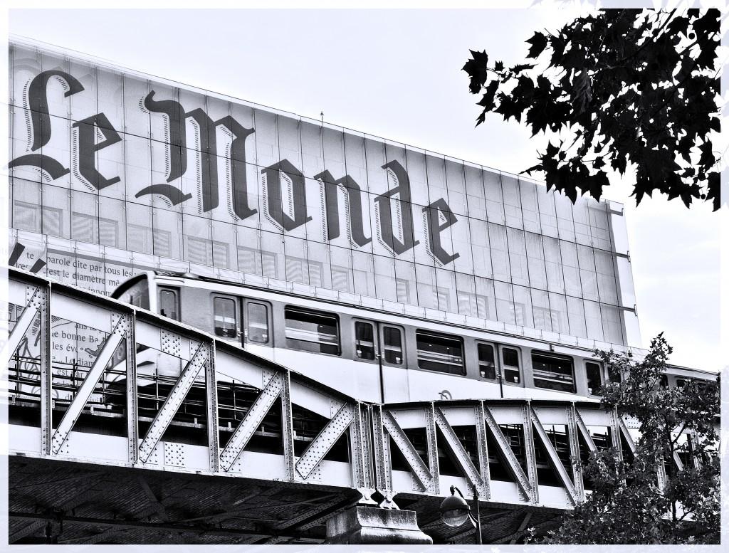 Headquarters_of_Le_Monde,_Paris_2011