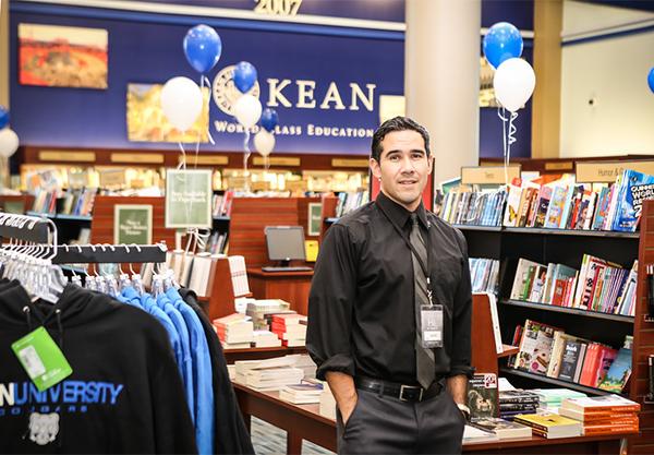 Kean-University-Bookstore_Jason-Figueroa