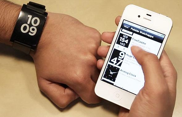 Pebble-Smartwatch-02