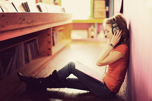 Top-5-Benefits-of-Audio-Books