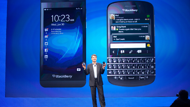blackberry z10, q10