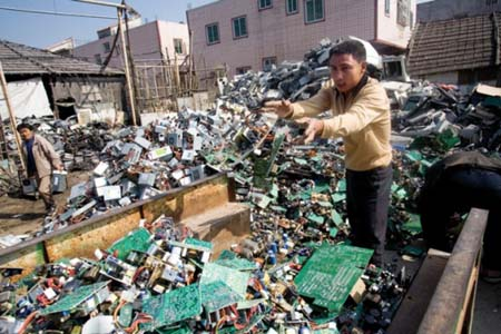 e-waste-throwingstuff