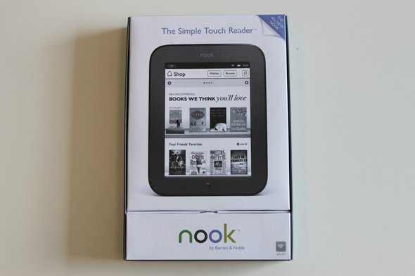heres-the-new-nook-box-it-looks-a-a-lot-like-the-nook-colors-packaging
