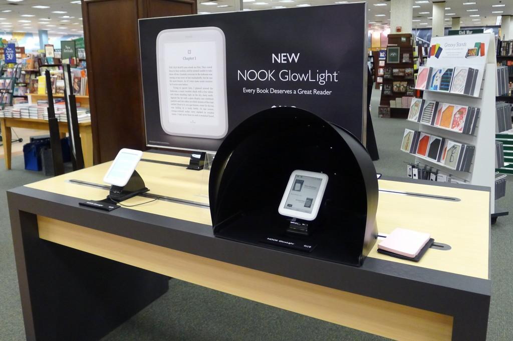 nook-glowlight-new-2013