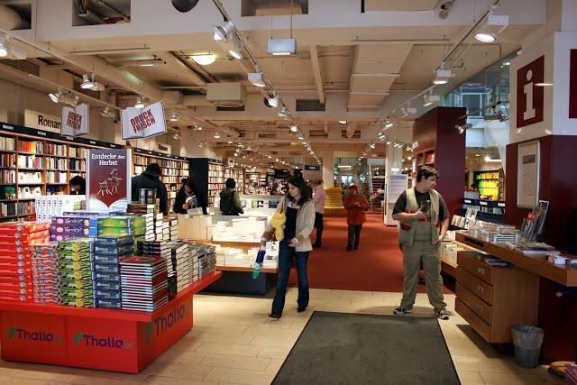thalia-bookstore-mariahilferstr-vienna-810-8785